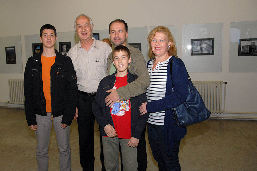 Sa porodicom