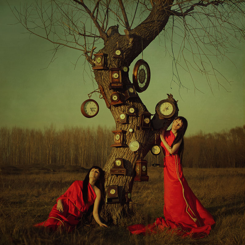 © Tina Genovia Obreja & Luiza Boldeanu, Keepers of time